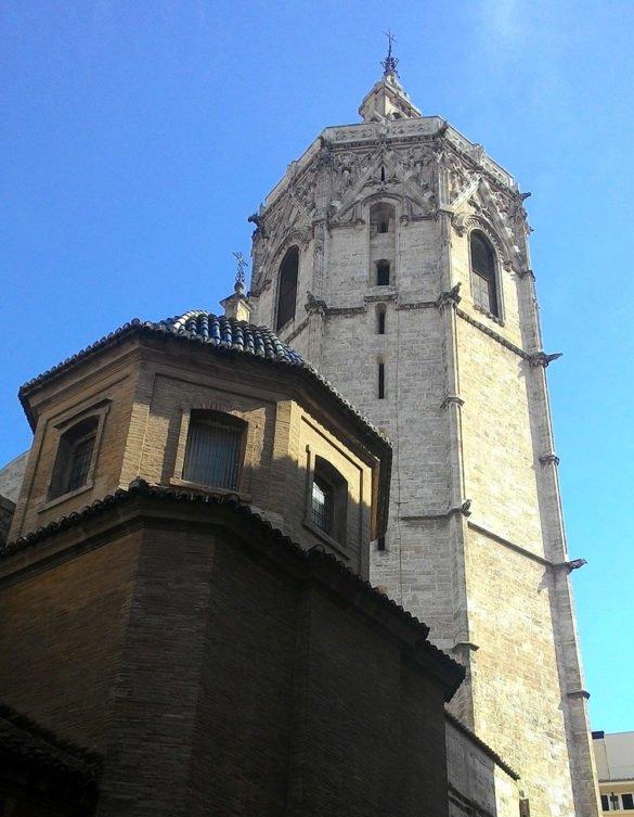 Cattedrale-Santa-Maria-portale-Valencia-Spagna