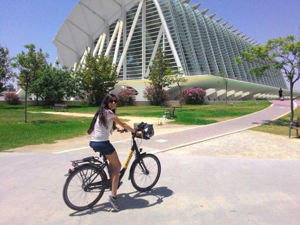 Ciudad-de-las-Artes-y-las-Ciencias-e-giaridni-Valencia-Spagna
