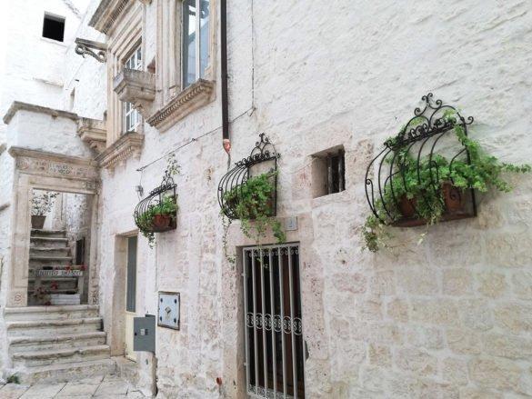 Locorotondo-case-Puglia