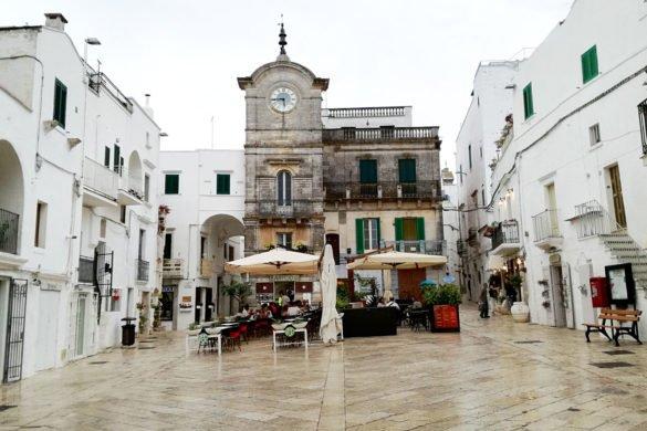 piazza-Cisternino-Puglia