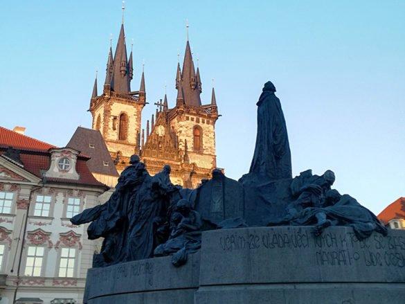 piazza-citta-vecchia-jan-uss-praga-repubblica-ceca