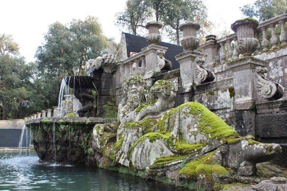 Villa-Lante-giardini-statua-Bagnaia-Lazio-Tuscia-Italia-Italy