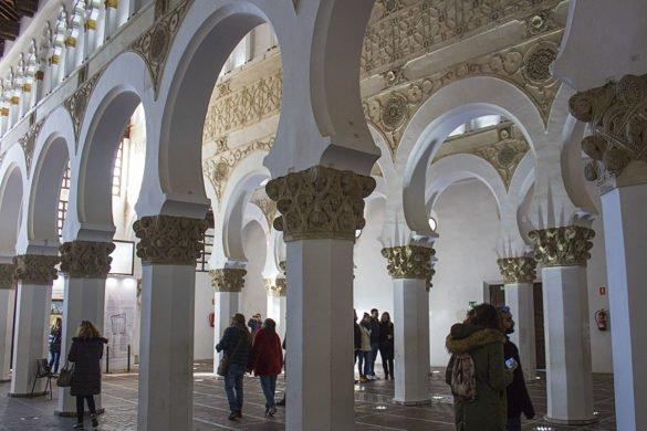 Sinagoga Toledo-interni sinagoga-Santa Maria la Blanca-Toledo-Spagna-Spain-Europa