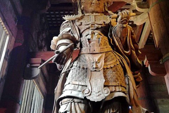 guardiani-Todai-ji-Todai-ji-Daibutsuden-Grande-Buddha-Giappone-Japan-Asia