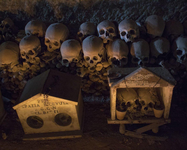 cimitero delle fontanelle-rione sanità-Napoli-Campania-Italia-Europa