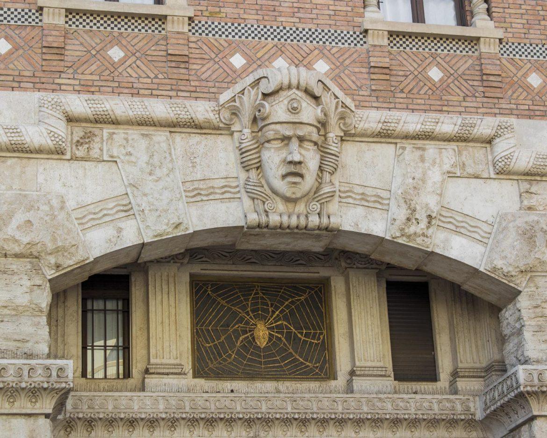 palazzo del ragno-quartiere coppedè- coppedè-Roma-Italia-italy-Europe