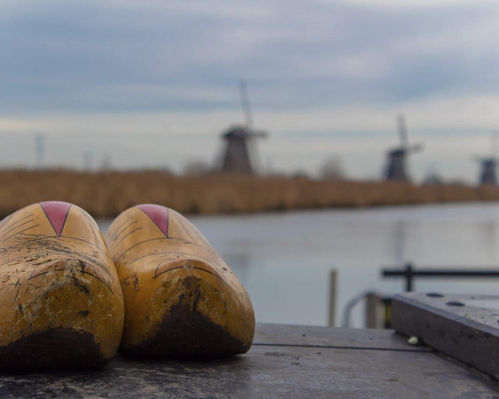 zoccoli olandesi-mulini di Kinderdijk-Paesi Bassi-Holland-Olanda