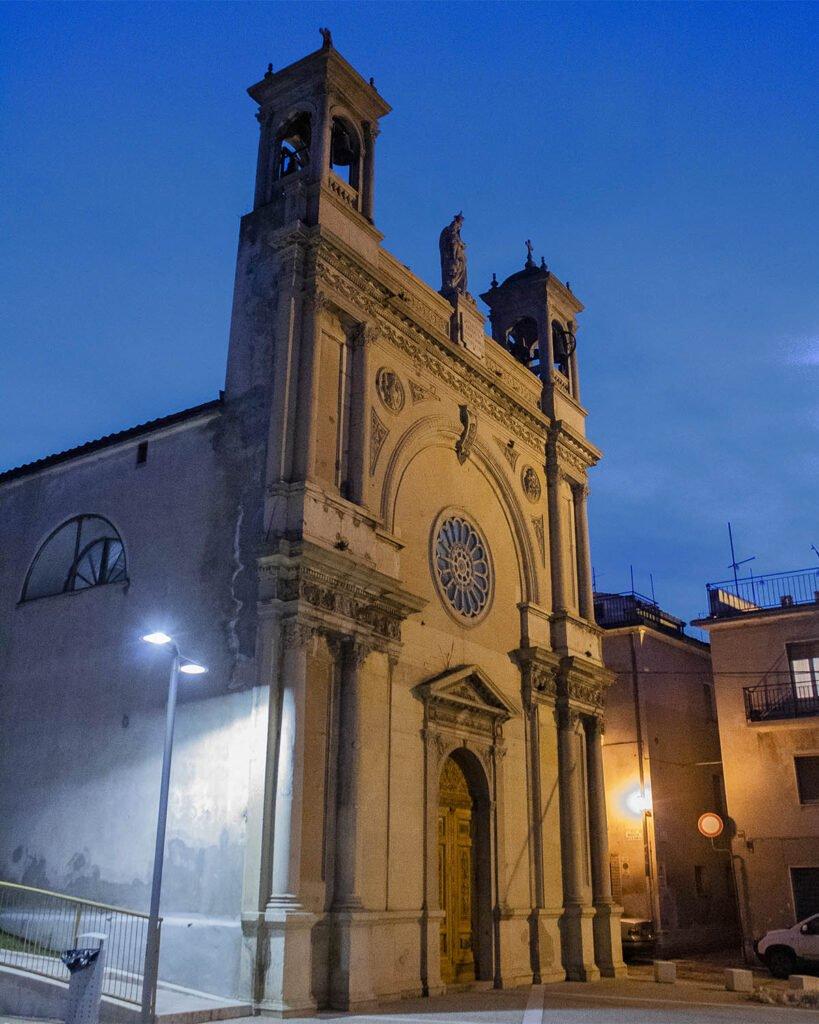 chiesa-guardiagrele-brighi abruzzesi-italia