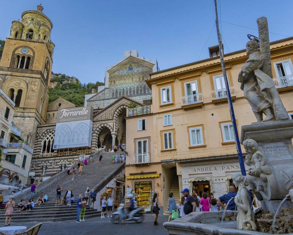 amalfi-Costiera amalfitana-Campania-Italia