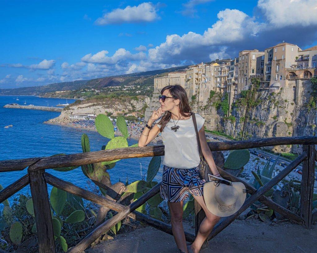 Tropea-santuario santa maria dellisola-calabria-costa degli dei-italia